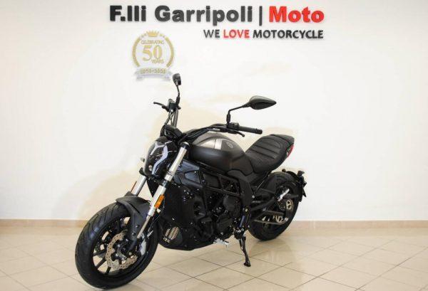 Benelli 502 C (2019 - 20) Nuova